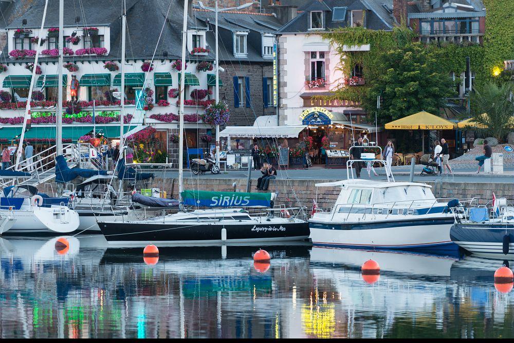 photo port et le quai Morand